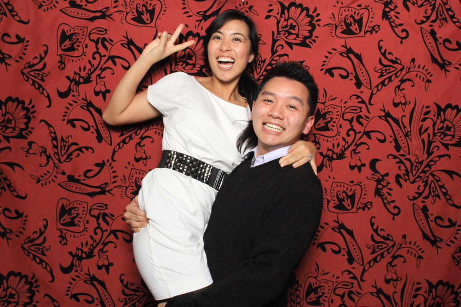 Photo booth Image of a happy couple